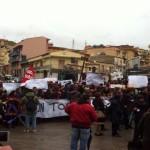 Cupa: la protesta degli studenti in piazza. No alla chiusura. VIDEO E FOTO