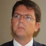 Trenta milioni di euro per assumere 300 laureati e 52 milioni di euro per l'aggiornamento del contratto dei dipendenti regionali