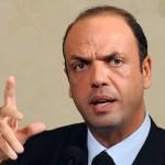 Il ministro Alfano presenta ad Agrigento il suo nuovo libro