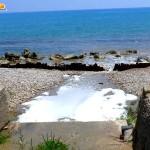 Scoppia la fogna nel mare di San Leone: l'allarme di MareAmico – VIDEO
