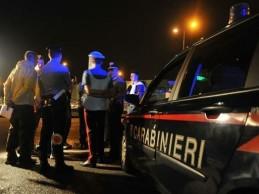 Asfalto viscido sulla Agrigento-Raffadali: auto si ribalta