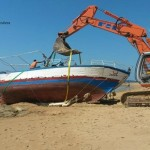 Torre Salsa: smaltito barcone utilizzato per sbarco migranti