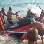 San Leone, muore il delfino spiaggiato – VIDEO