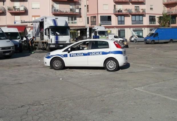 Agrigento, privi di autorizzazione: la Polizia Municipale segnala 42 casi di occupazione su area pubblica