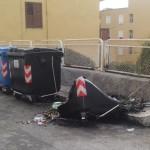 Agrigento, incendiato cassonetto dell'immondizia in via Manzoni