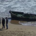 Torre Salsa, si recupera una imbarcazione utilizzata per lo sbarco di migranti