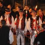 Festival Internazionale del Folklore: Fiaccolata all'insegna dell'armonia tra i popoli – VIDEO E FOTO