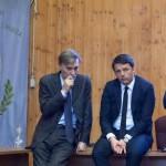"""Matteo Renzi a Lampedusa: """"non è la periferia d'Italia"""""""