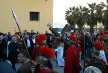 """La """"Via Crucis"""" per le strade di Agrigento: vissuta la Passione di Cristo al centro storico"""