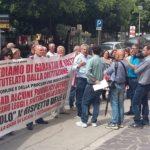 Abusivismo a Licata, sit-in ad Agrigento: ricevuti dal Prefetto i manifestanti