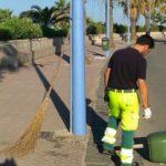 San Leone, vandali distruggono cestini