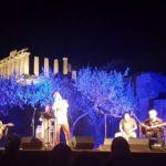"""La Valle dei Templi si veste di magia con le note di Lello Analfino e i """"3 in quartet"""""""