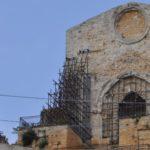 Naro, malviventi rubano tubi dell'impalcatura del Duomo