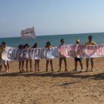 Trivellazioni nel mare: M5S e attivisti in spiaggia a Porto Empedocle e Realmonte