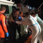 Lampedusa, salvati dalla Guardia Costiera undici migranti