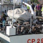 Continuano gli sbarchi a Lampedusa: 120 migranti trasferiti a Porto Empedocle