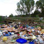 Raccolta differenziata: netturbini all'opera ad Agrigento per bonificare le discariche last-minute
