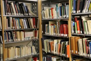 libri biblioteca 1