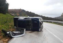 Incidente ad Agrigento: auto si ribalta lungo la panoramica dei templi