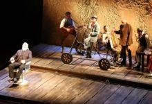 """Teatro Pirandello: """"Il Casellante"""" ed è subito applauso per lo spettacolo di Moni Ovadia ed Incudine – FOTO"""