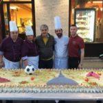 Il Pastry Chef Giovanni Mangione incanta ancora: mega torta a Torino per beneficenza