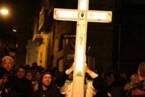 croce processione