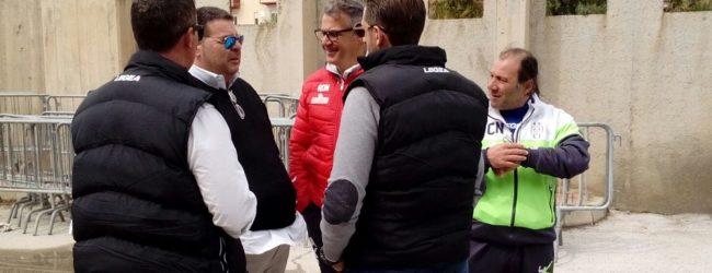 Verso Messina-Akragas: Alessi saluta la squadra prima della partenza