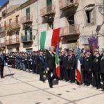 Festeggiato il 25 aprile: Costituzione a migranti e studenti