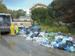 """Agrigento, """"caos"""" rifiuti: Firetto pronto a citare la Regione per danno all'immagine"""