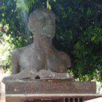 """Agrigento, """"trasferito"""" il busto di Luigi Pirandello nell'anniversario della sua nascita"""