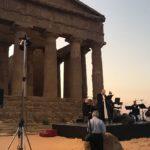 """L'Iliade all'alba al Tempio della Concordia: Lo Monaco """"incanta"""" il pubblico – FOTO"""