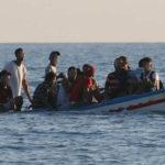 Tuffo da barcone a largo di Linosa: 4 migranti annegati