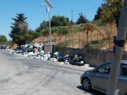 Licata, carenza del servizio di raccolta e smaltimento dei rifiuti solidi urbani: il Comune presenta un esposto in Procura