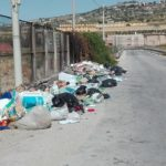 """Rifiuti abbandonati sulla SP 1-B, il Libero Consorzio Agrigento: """"la rimozione spetta al Comune"""""""