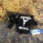 Siculiana: ritrovata sul luogo dello sbarco altra maglia inneggiante all'odio verso Parigi