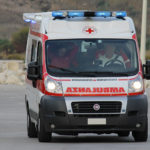 Agrigento, scooter si schianta contro auto in panne: giovane in Ospedale