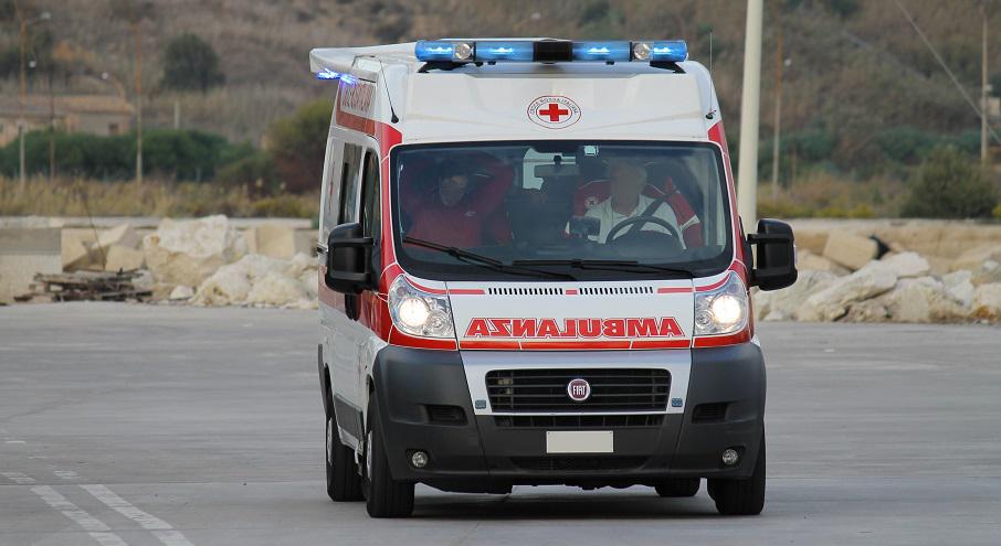 Scontro fra auto a palma di montechiaro cinque feriti in for Meteo palma di montechiaro