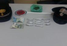 Nascondeva droga in bagno: in manette un 27enne