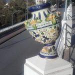 Agrigento, vasi rotti e semipericolanti al Viale della Vittoria: vandali ancora in azione