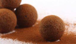 """""""Il pranzo della domenica""""- dessert – Tartufi al caffè e cioccolato"""
