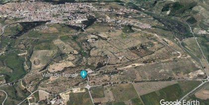 Agrigento, la foto della Valle fra i palazzi: è boom di critiche