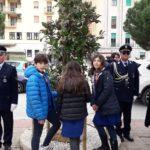 """Agrigento, albero contro la mafia: gli alunni dell'Istituto """"Agrigento Centro"""" scoprono il cippo in pietra"""