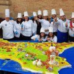 Una torta a forma di Sicilia: il pastry chef dei record Giovanni Mangione, protagonista a Niscemi