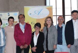 """L'istituto """"Ambrosini"""" e Fidapa """"Incontrano l'autore"""", grande successo di pubblico per Martino Ragusa"""