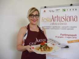 """Festa Artusiana, l'agrigentina Maria Giovanna Nocera vince il """"Premio Marietta"""" con la sua pasta con i tenerumi"""