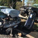 Agrigento, violento scontro sulla statale 640: auto finisce oltre il guard-rail – FOTO