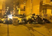 """Porto Empedocle, rifiuti come """"blocco"""" stradale: indaga la Polizia"""