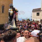 """Agrigento, migliaia di fedeli per l'uscita di """"San Calò"""": stasera la conclusione dei festeggiamenti – FOTO E VIDEO"""