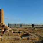 """""""Altro giro altra corsa"""", viaggio con il treno storico tra la Valle dei Templi"""