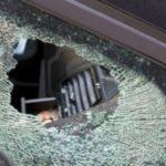 """Furto in contrada """"maddalusa"""", ladri rompono finestrino di un'auto per rubare occhiali"""